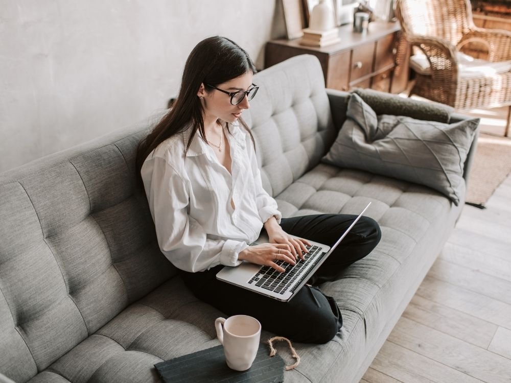 advantages and disadvantages of remote working